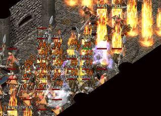 游戏初期任务也有装备奖励